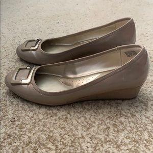 Bandolino Shoes - Bandolino nude pumps